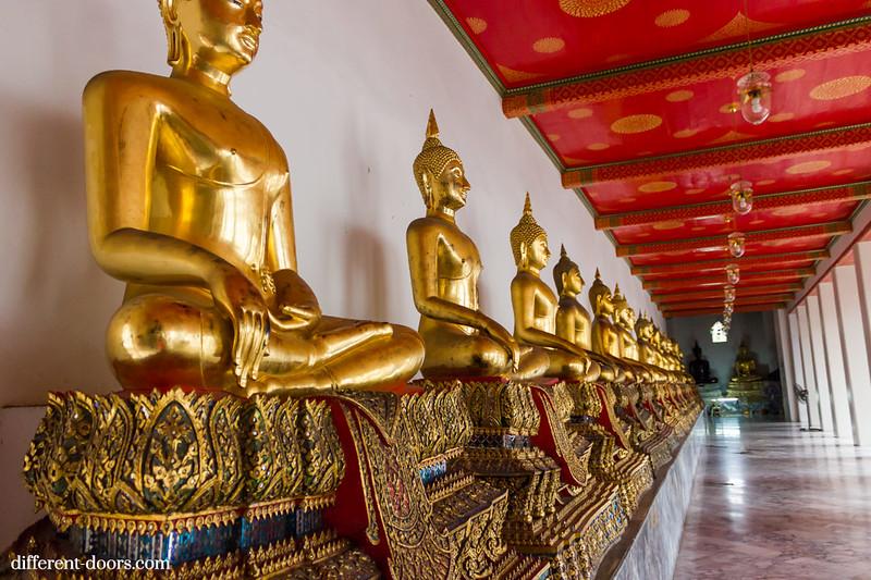 temple of the reclining Buddha, Wat Pho, Bangkok, Thailand, buddha statues