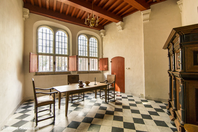 Old Church of Amsterdam, oude kerk, office