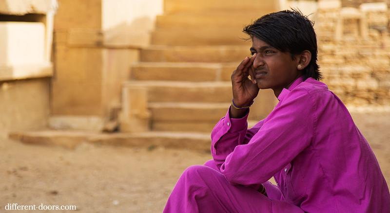 ghost town in India Kuldhara, ruins, Rajasthan, locals